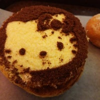 Photo taken at Mister Donut by : P on 8/2/2014