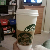 Photo taken at Starbucks by Nery A. on 1/18/2013
