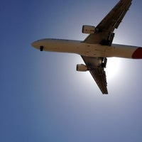 Photo taken at Aircraft Viewing Area 3 (Melbourne Airport) by Adam F. on 1/6/2013