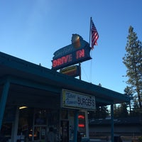 Photo taken at Sno-Flake Drive-In by Douglas James I. on 6/28/2014