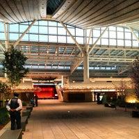 Photo taken at HND International Terminal by はるぴょん T. on 3/30/2013