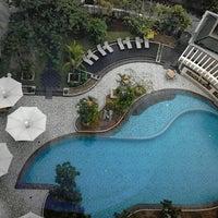 Photo taken at Hotel Santika Premiere Jakarta by Rizky T. on 11/3/2012