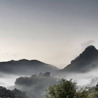 Photo taken at อ่างขางวิลล่า by Pongtanit S. on 10/27/2015