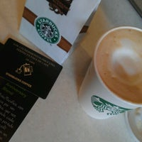 Photo taken at Starbucks Coffee by Sara de la Peña P. on 10/9/2012
