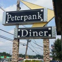 Photo taken at Peterpank Diner and Restaurant by Phillip W. on 7/13/2014