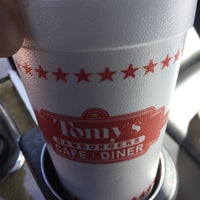 Photo taken at Tomy's Hamburgers by Andy C. on 10/8/2016