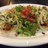 Photo taken at Wahoo's Fish Taco by Raymond Y. on 10/21/2016