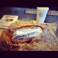 Photo taken at Chipotle Mexican Grill by Daniel G. on 11/21/2012