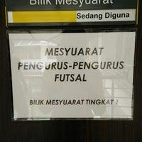 Photo taken at Jabatan Kesihatan Negeri Perlis by Iker J. on 12/23/2014