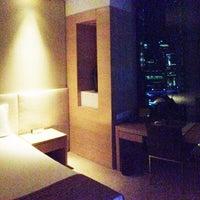 Photo taken at Crown Promenade Hotel by gerard t. on 6/9/2013
