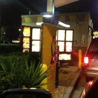 Photo taken at Taco Bell / Pizza Hut by Robert S. on 12/7/2012