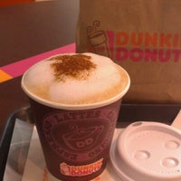 Photo taken at Dunkin' Donuts by Claudio A. R. on 10/27/2012