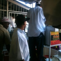 Photo taken at Sauce Doubles Vendor by Kamaria L. on 6/24/2013