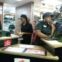 Photo taken at Pizza Hut by LaMont'e B. on 8/17/2013