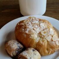 Photo taken at Manhattanville Coffee by Sudana on 8/14/2014