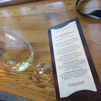 Photo taken at La Crema Tasting Room by SoybeanAnnie on 9/5/2015