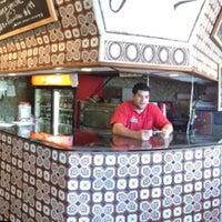 Photo taken at John's Pizzeria & Restaurant by Felipe R. on 10/21/2012
