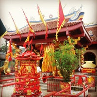 Tai Zhu Shrine Thung Kha Phuket