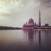 Photo taken at Masjid Putra by Lina S. on 5/21/2014