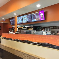 Photo taken at Dunkin' Donuts by Abdul on 8/20/2014