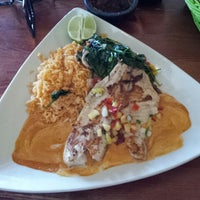 Photo taken at Acapulco Mexican Restaurant by Ismael D. on 11/7/2012
