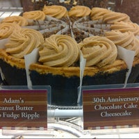 Photo taken at The Cheesecake Factory by @VegasBiLL on 2/22/2013