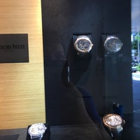 Photo prise au Audemars Piguet Boutique par Mac H. le9/16/2016
