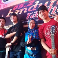 Photo taken at 95.2 Bandung Radio - Bandungna Bandung by TheFinestTree on 11/11/2014