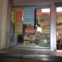 Photo taken at Del Taco by Miko F. on 1/6/2013
