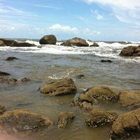 Photo taken at Praia do Sonho by Pamella B. on 1/22/2013