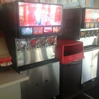 Foto tomada en Coca-Cola Headquarters por Megan C. el 9/18/2013