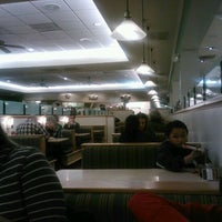 Photo taken at Sweet Tomatoes by Larry C. on 12/27/2011