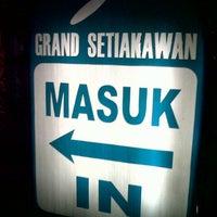 Photo taken at Hotel Grand Setiakawan by Rendra W. on 9/28/2013