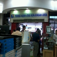 Photo taken at Gramedia by Adi B. on 10/17/2012