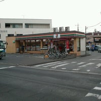 Photo taken at セブンイレブン 川越霞ケ関東1丁目店 by Wataru R. on 3/7/2013