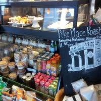 Photo taken at Starbucks by Juliana M. on 4/15/2013