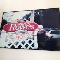 Photo taken at Mrs. Rowe's Restaurant by Scott K. on 7/5/2013