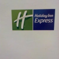 Photo taken at Holiday Inn Express Bemidji by Stacy P. on 11/17/2012