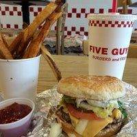 Photo taken at Five Guys by Gloria P. on 8/23/2014