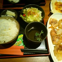 Photo taken at 赤坂ちびすけ 新宿店 by Yusuke A. on 2/14/2015