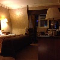 Photo taken at Radisson Blu Edwardian Hampshire Hotel by Edward B. on 11/1/2012