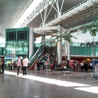 Photo taken at Aeroporto Internacional de Maceió / Zumbi dos Palmares (MCZ) by Luciano L. on 7/8/2013