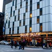 Photo taken at Shake Shack by Angel Hana A. on 3/2/2013