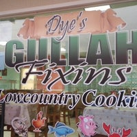 Photo taken at Dye's Gullah Fixin's by Joe C. on 8/23/2013