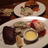 Photo taken at Outback Steakhouse by Elvis A. on 10/28/2013