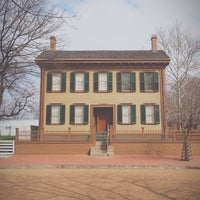 Photo taken at Lincoln Home National Historic Site by Meredith M. on 4/8/2013