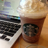 Photo taken at Starbucks by Breno M. on 6/8/2013