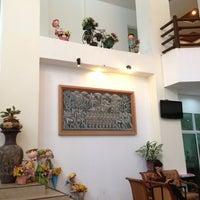 Photo taken at Wang Yao Riverside Resort by ปิยาภรณ์ ช. on 2/21/2013