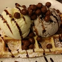 Photo taken at Ice Cream Chefs by Ian O. on 10/19/2014