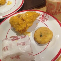 Photo taken at KFC / KFC Coffee by Mustika Adzania L. on 10/11/2016